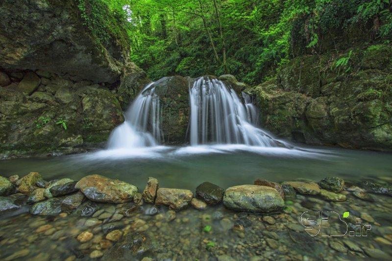 آبشار شیرین رود