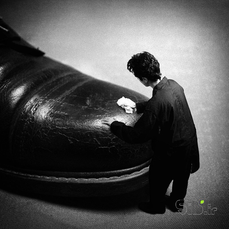 قاب عکس مدرن انهدام یک رویا 3 فرای واقعیت / فوتو مونتاژ اثر آرش اشکر