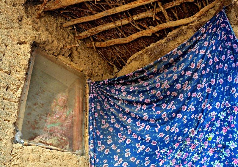 قاب عکس مادر  معماری سنتی / آثار باستانی و مستند انسانی  اثر امیر عنایتی