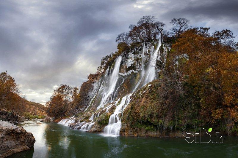 پاییز آبشار بیشه