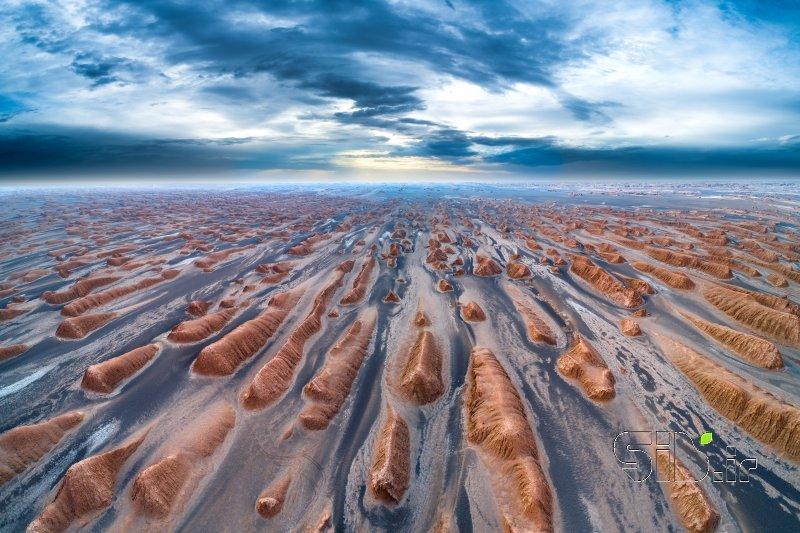 قاب عکس مدرن دریای آزاد آبستره اثر محمد رضا معصومی