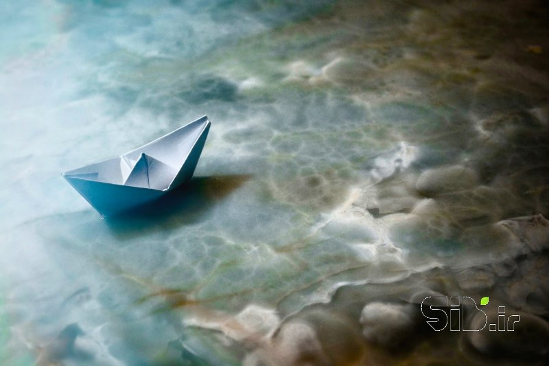 قاب عکس مدرن قایق و مرمر آبستره اثر پویا رئیسی