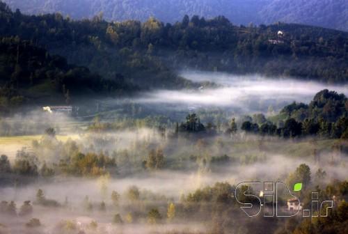 روستا در مه