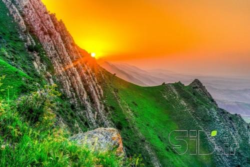 غروب کوهستان