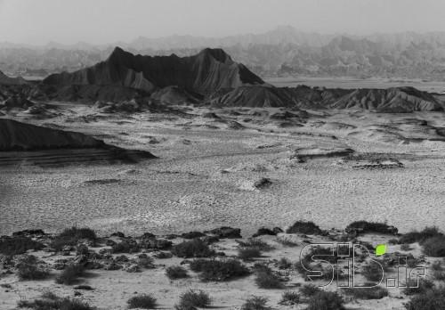 کوه های مینیاتوری 1-سیاه سفید